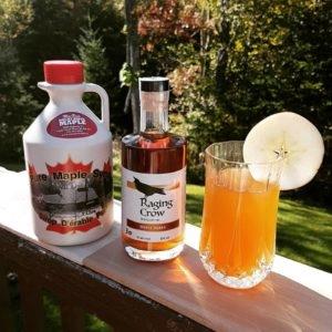 Mom`s Apple Pie (Maple Vodka Cocktail)